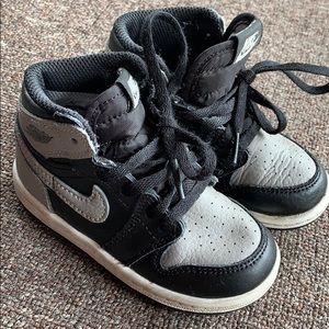 Kids Air Jordan Nike high top shoes